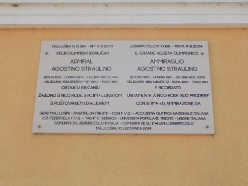 Memorial plaque to Agostino Straulino, a yachtsman from Lošinj
