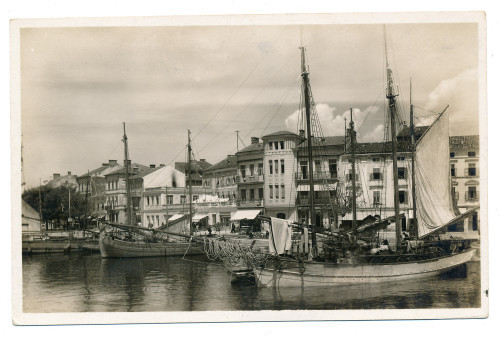 Life in the Harbour - Crikvenica